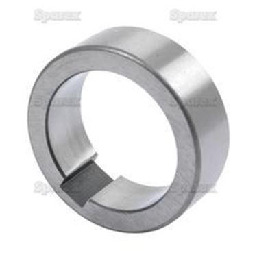 Mynd sýnir CRANKSHAFT COLLAR - FORD